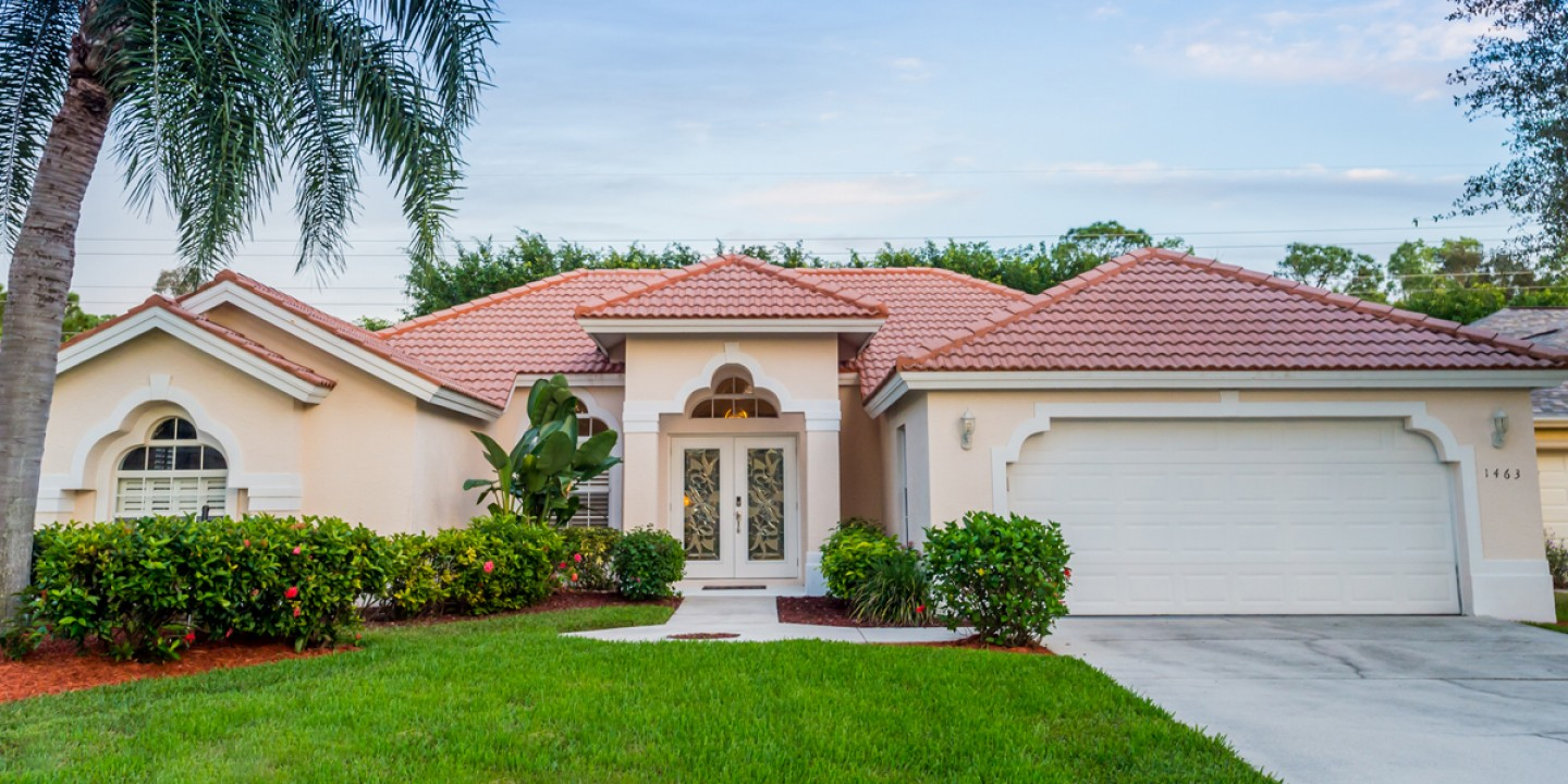 1-front-side-of-the-house-1463-briarwood-naples-florida-kodei-properties